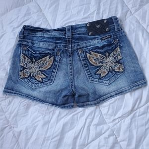 Miss Me shorts size 28